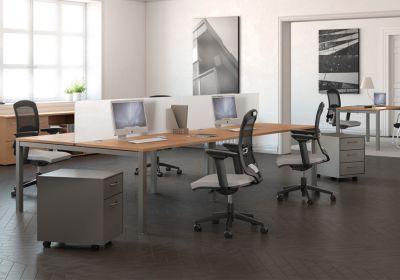 Source-dinspiration-bureaux-pieds-metal-A1-multipostes-et-solo-decor-imitation-hetre-aluminium