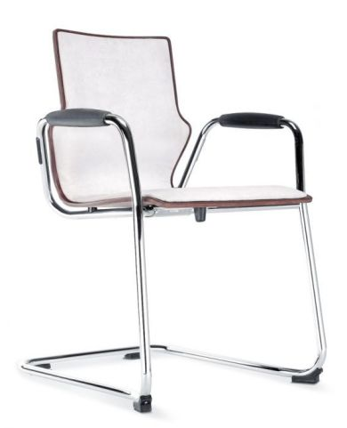 Converse Conference Chair With Arms And Fully Uphoistered Front