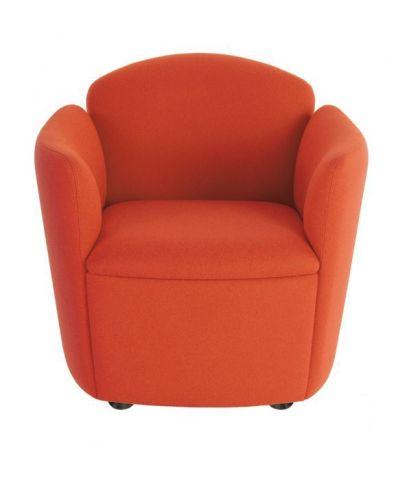 Toto Tub Chair With Black Nylon Feet
