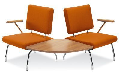 Konnect Chairs With 90 Degreee Table