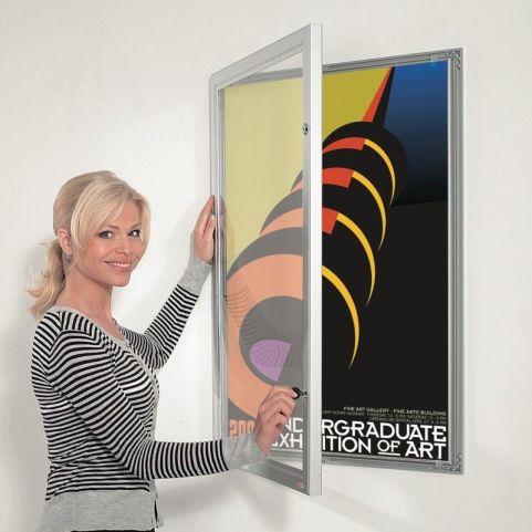 Sw Outdoor Lockable Poster Display Open