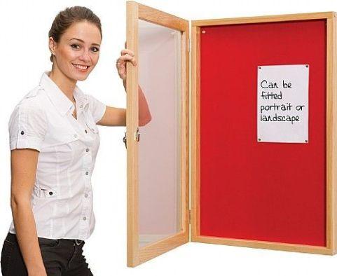 Ultra Wooden Framed Lockable Noticeboard 2