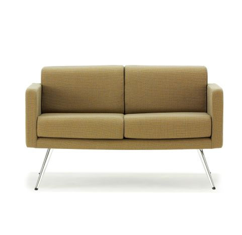 Fifty Series Sofa Chrome Legs