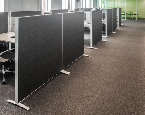 Alumi Floor Standing Screen Linking With Feet