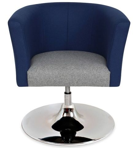Roma Tub Chair Trumpet Base Front View