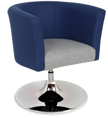Roma Tub Chair Trumpet Base Angle View